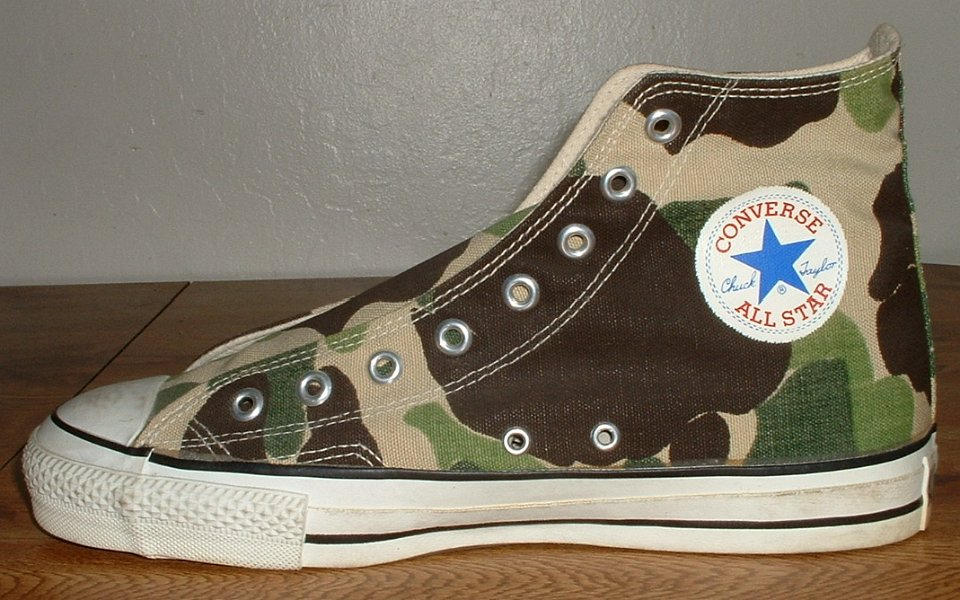 dbb0f70e0f86 24 Mark Recob Vintage Chucks Collection Inside patch view of a right olive  drab camouflage vintage Chuck Taylor All Star.